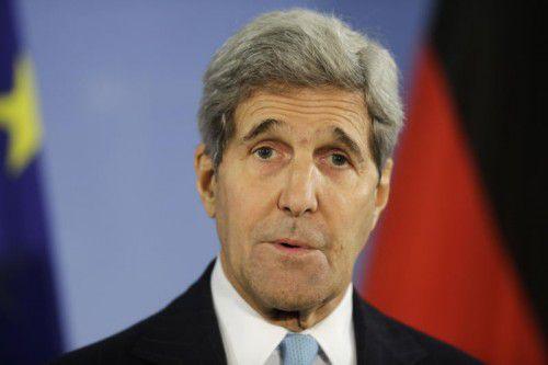 Gewichtiges Außenministertreffen zur Lage im Bürgerkriegsland Syrien in Wien (v.l.): John Kerry (USA), Sergei Lavrov (Russland), Feridun Sinirlioglu (Türkei) und Adel Al-Jubeir (Saudi Arabien).