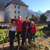 Gartenarbeit bei der Caritas in Bludenz