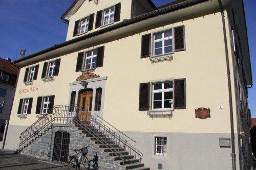 Im Rathaus Hohenems wollen die Verantwortlichen mit gutem Beispiel vorangehen und die öffentlichen Kontakte auf ein Minimum einschränken.vn