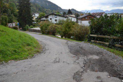 Nach Beschwerden über den Zustand der Straße im Bürgerforum wird der Kobelweg erneuert.