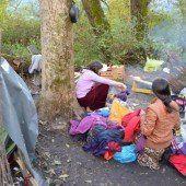 Schwangere noch im Lager
