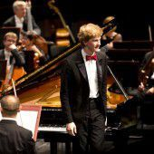 Am Klavier wie ein junger Gott
