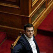 Tsipras fest im Regierungssattel