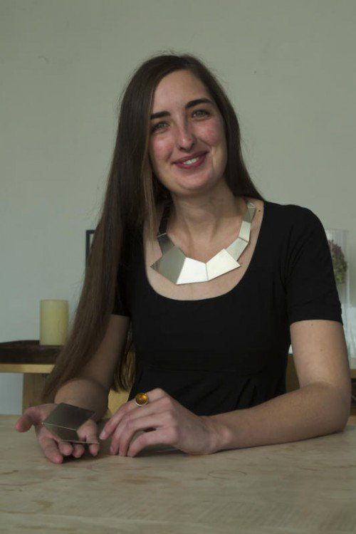 Seit 2007 verkauft Anna Waibel ihren handgefertigen Schmuck. Nun eröffnet sie ihr erstes Geschäft in Hohenems.