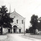 Vorarlberg einst und jetzt. Kirchplatz Lustenau