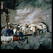 Spektakuläre Tunnelbohrung