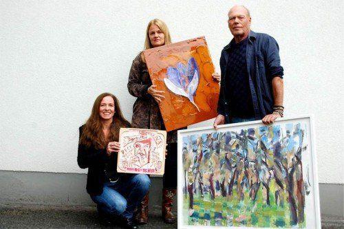60 Künstler aus Vorarlberg stellen ihre Arbeiten zur Verfügung.