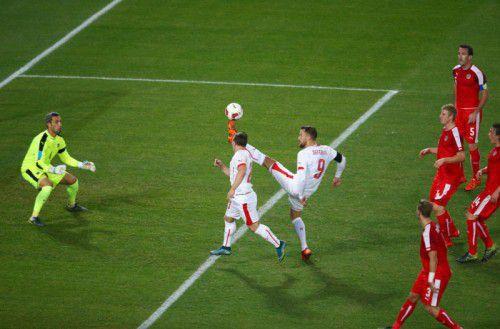 Beim zweiten Treffer durch Haris Seferovic (Nummer 9) war der Götzner Ramazan Özcan chancenlos.