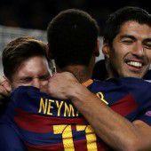 Barca und FC Bayern mit Kantersiegen