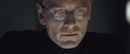 Der deutsch-irische Schauspieler Michael Fassbender verwandelt sich in eine vielschichtige Figur.