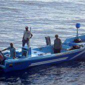 Schiffbrüchige Fischer aus Seenot gerettet