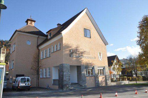 Die Gemeindeverwaltung konnte am Freitag das Haus beziehen.