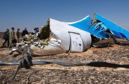 Die Maschine soll zu Beginn der Katastrophe nicht mehr manövrierfähig gewesen sein. Die Besatzung gab keinen Notruf ab.