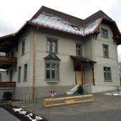 Historische Villa wird moderne Bankfiliale