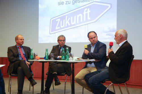 Dietmayer, Landesstatthalter Rüdisser, VN-CR Riedmann und VCÖ-Sprecher Hagen diskutierten über Verkehrslösungen der Zukunft.