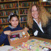 Mittelschüler erleben die Freude des Gebens selbst