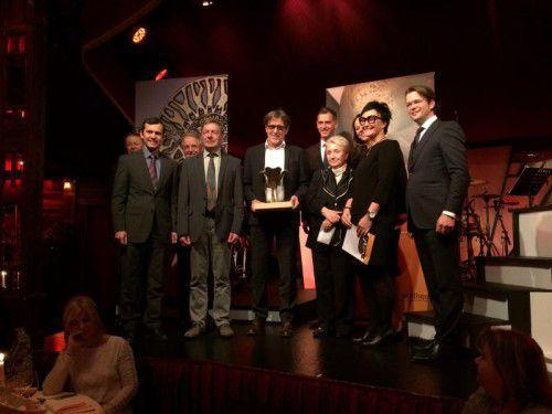 Eine Delegation aus Rankweil nahm in Wien sichtlich stolz und erfreut den begehrten Preis entgegen.