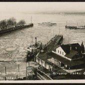 Seegfrörne: Eisbrecher im Bregenzer Hafen
