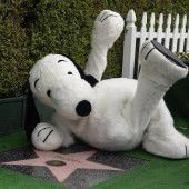 Snoopy erhält Stern auf Walk of Fame