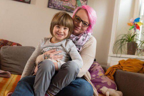 """""""Ma hilft"""" unterstützte die kleine Florentina, die an Epilepsie leidet, und ihre Mama Melanie."""