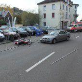 Motorradfahrer bei Kollision mit Pkw verletzt