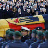 Bewegender Staatsakt für Helmut Schmidt