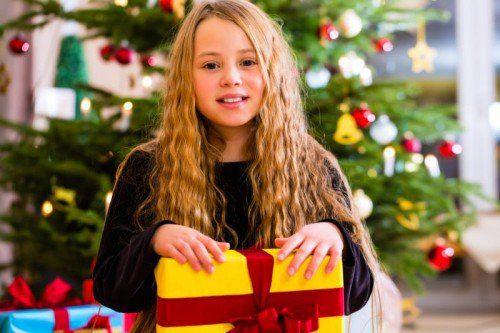 Geschenke kaufen, Kekse backen und mit Freunden und Familie feiern – Weihnachten ist für viele die schönste Zeit des Jahres.
