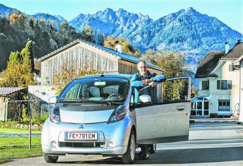 Jürgen Hartmann möchte sein Elektroauto nicht missen.