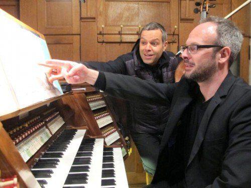 Jürgen Natter und Stefan Susana in der Herz-Jesu-Kirche.