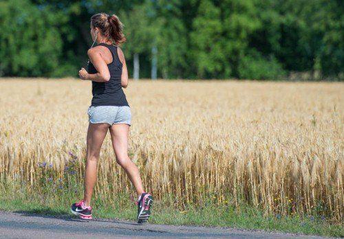 Gegenüber dem Vorjahr ist der Anteil der regelmäßigen Jogger zurückgegangen. 16 Prozent gehen mindestens einmal pro Woche laufen.