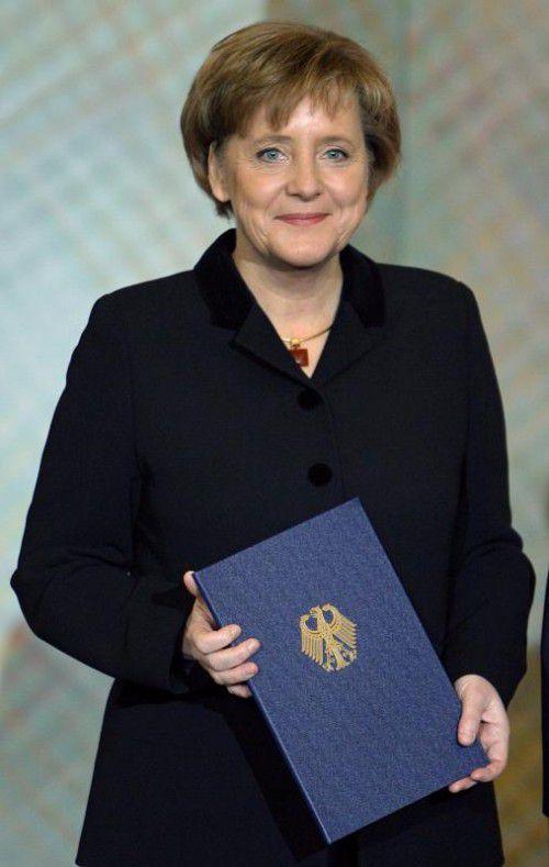 Merkel bei ihrer ersten Angelobung am 22. November 2005.