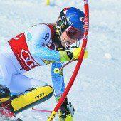 Shiffrin fliegt im Slalom allen davon