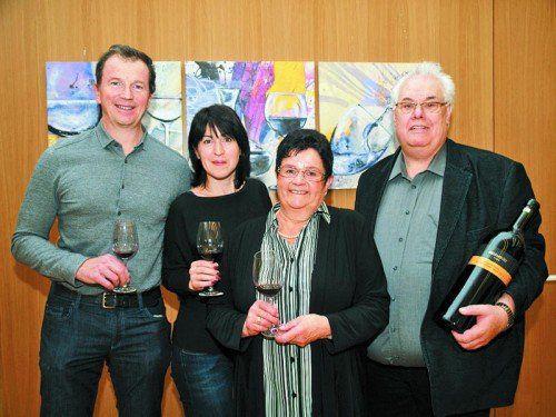 Organisationsteam mit Wolfgang (l.) und Karin Öttel sowie Irmgard und Josef Vonbun (Wein-Einblicke).