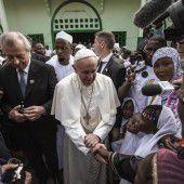 Papst fordert Abkehr von Hass und Gewalt