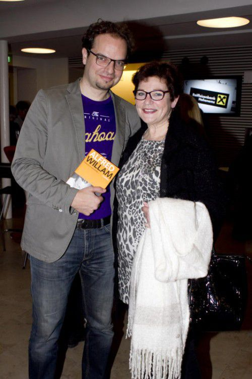 Rezitierte Vaters Gedichte: Michael Willam mit Mutter Rita.