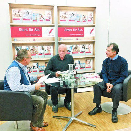 Uli Troy und Murat Üstün lasen vor, Thomas Matt von der AK Vorarlberg moderierte.