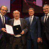 Preis für Lebenswerk: Mit Mut und Fleiß einen Weltkonzern geschaffen