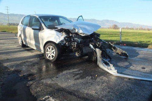 Das Auto der Seniorin nahm schweren Schaden.