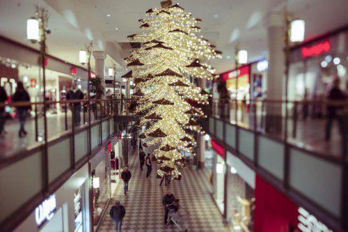 Auch wenn das Weihnachtsgeschäft ein wenig an Bedeutung verliert - es bleibt für den Handel wichtigster Umsatzbringer.