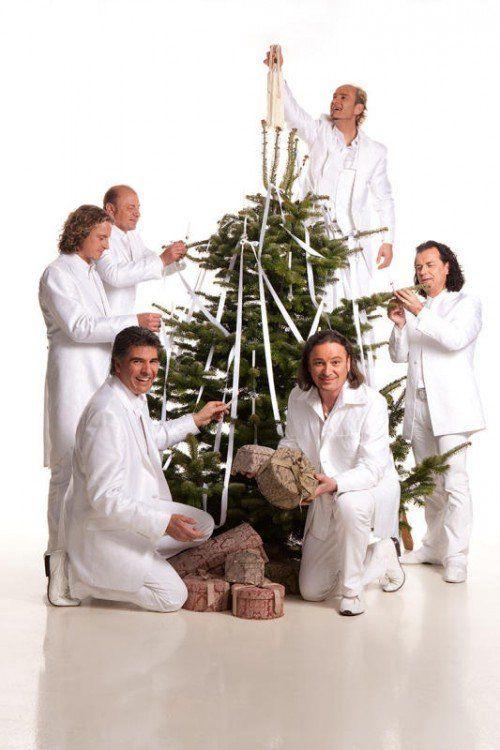 """""""Die Paldauer"""" bringen weihnachtliche Stimmung auf die Bühne des Festspielhauses."""