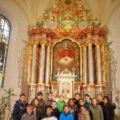Mittelschüler zu Gast in Kirche und Moschee