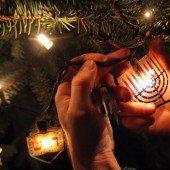 Deutsch-israelisches Paar feiert Weihnukka