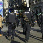 Mehr Polizisten wegen Terrorwarnung in Wien