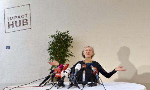 Auch Irmgard Griss verkündet eine Neujahrsbotschaft.