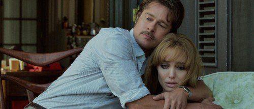 """In """"By the Sea"""" verwandeln sich Jolie und Pitt in die ehemalige Tänzerin Vanessa und den Schriftsteller Roland."""
