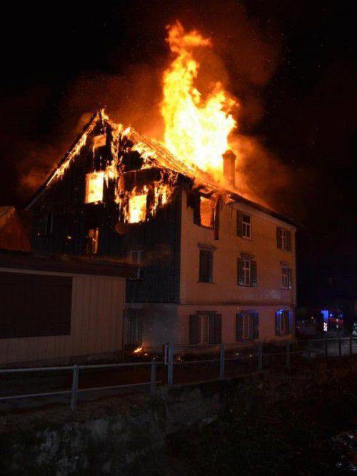 In dem Brandobjekt starb ein 52-jähriger Mann.