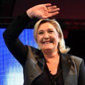 Le Pen hofft auf Wahltriumph nach Terror