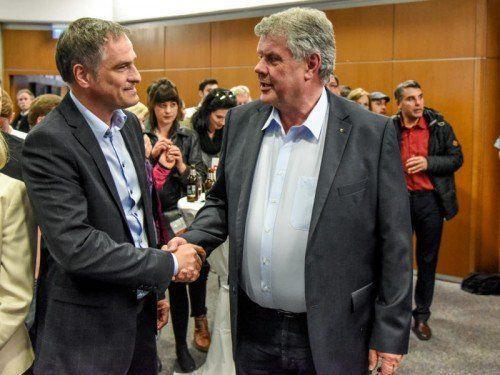 Mario Leiter (links) hat das Amt von Bürgermeister Mandi Katzenmayer (rechts) im Visier. Am 20. Dezember wird gewählt.