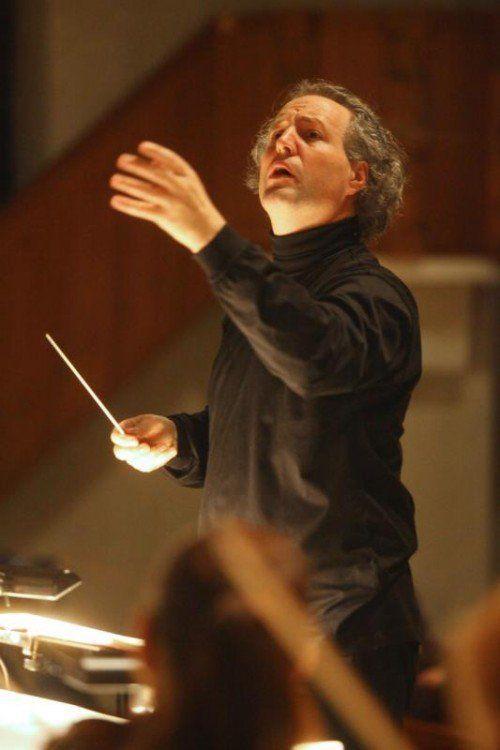 Mit dem Pittsburgh Symphony Orchestra ist Manfred Honeck am 29. Mai 2016 bei den Bregenzer Meisterkonzerten zu Gast.