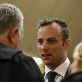 Oscar Pistorius darf im Hausarrest bleiben